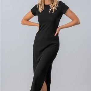 Black Maxi Dress With Keyhole Back